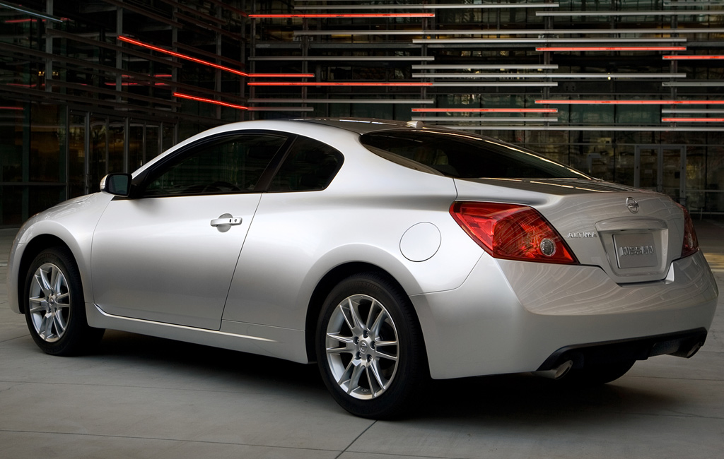 nissan-altima-coupe